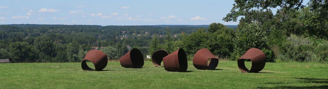 """Chaumont-sur-Loire : """"L'Archipel"""", oeuvre de Shodo Suzuki (jardin pérenne)"""