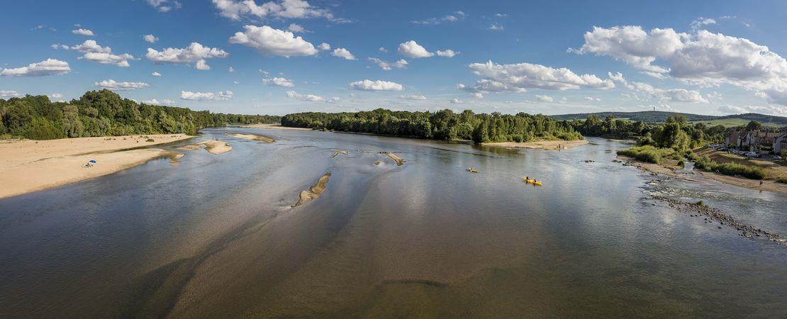 Vue de la Loire, bancs de sable et végétation